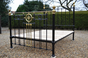 Victorian Brass And Iron 4ft 6in Double Bedstead Restored